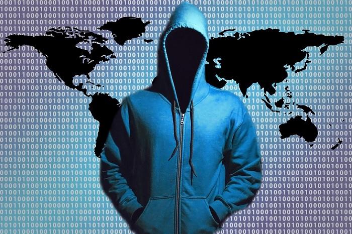 http://www.hebdotech.com/wp-content/uploads/2016/12/Un-Hacker-pirate-informatique-code-binaire-1.jpg